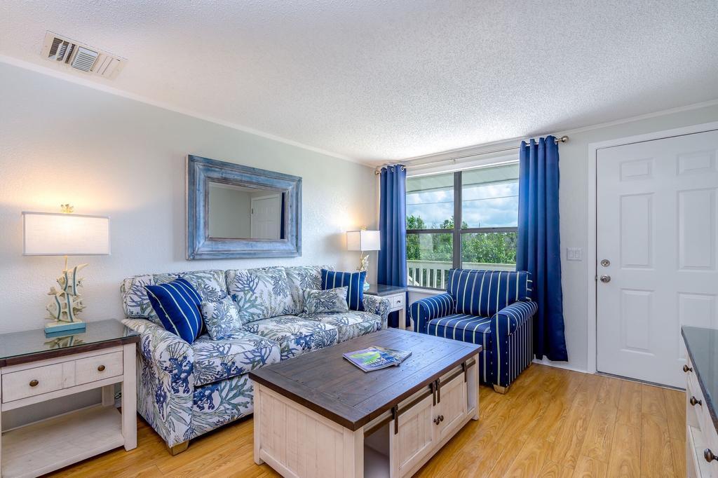 Large One Bedroom Apartment At Matecumbe Resort
